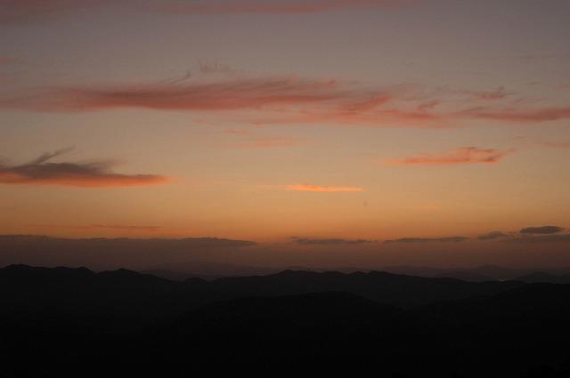 天神山の日の出2