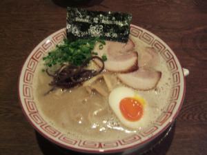 九州麺酒房、響・響らーめん