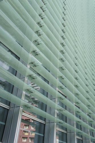新美術館 外のガラス