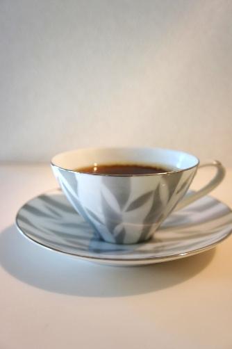 ノリタケのアンティークカップ
