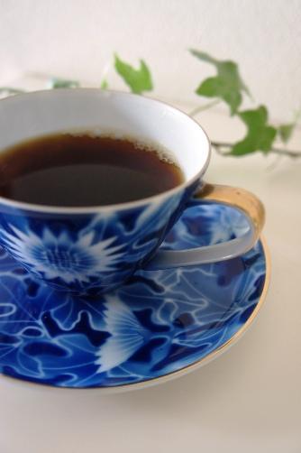 深川製磁のアンティークカップ