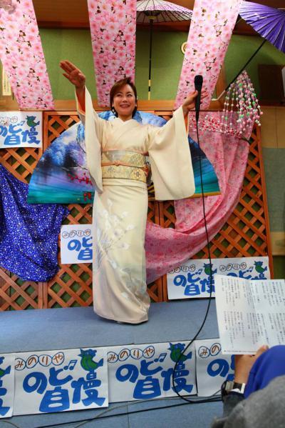 55 第02回元気わくわくみのり~や のど自慢カラオケ 葵かを里新曲「桂川」 発表コンサート