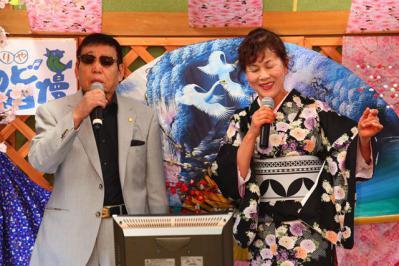 50 第02回元気わくわくみのり~や のど自慢カラオケ 葵かを里新曲「桂川」 発表コンサート