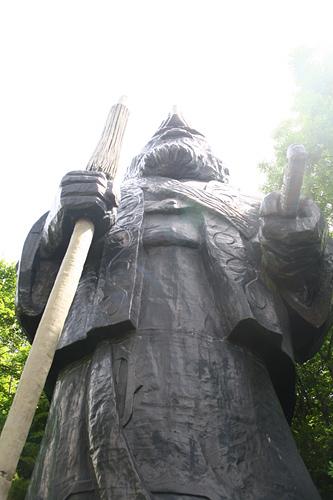 ポロトコタン アイヌ民族博物館 コタンコルクルの像