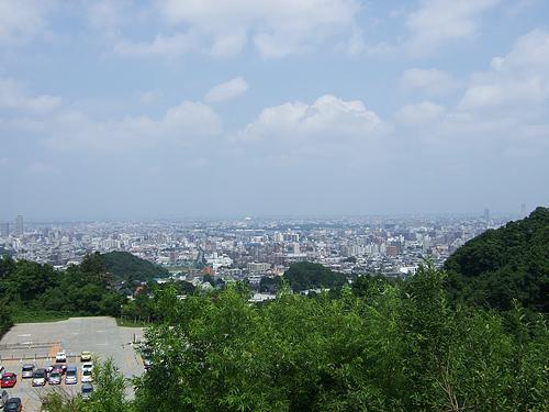 大倉山 ジャンプ台 駐車場