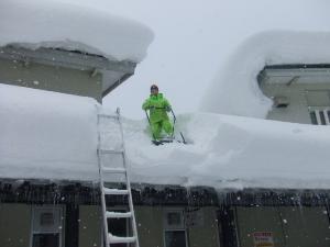 雪おろし 010