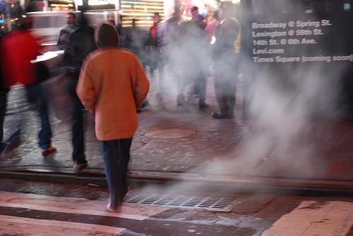 タイムズスクエアの蒸気 by Daniele Sartori