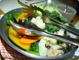 モアクッチーナ 季節野菜の温サラダ バーニャカウダ2