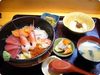 大地の恵み 海鮮丼