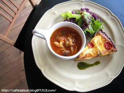 Cafe Blanc.◇季節の野菜キッシュ(スープ付き)