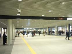 2011 076