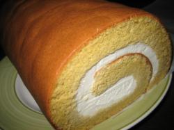 不思議な甘みのロールケーキ