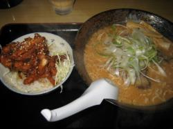 旭川こく醤油ラーメンとゲソ丼