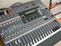 TM-D1000