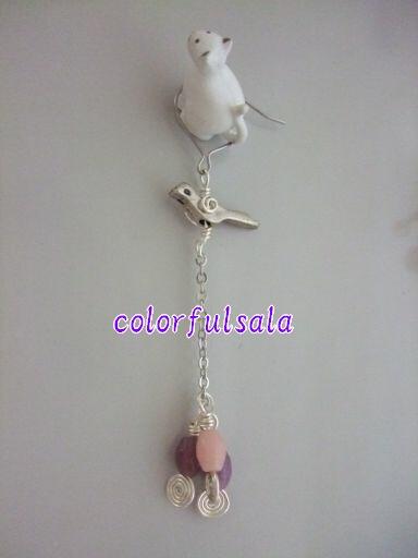 ピンクのミニバラと銀鳥2