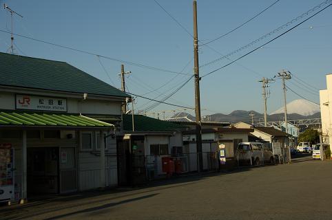 110226-01matsuda station