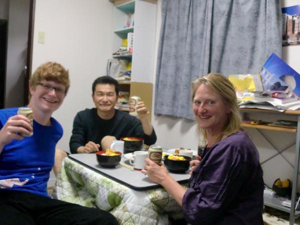 カウチサーフィン(イギリス、アメリカ)、リンとコーマックと私
