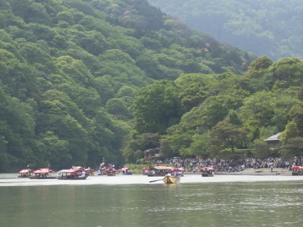 カウチサーフィン(三船祭り)