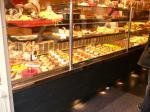 パリのケーキ屋さんのディスプレー
