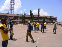 スタジアム入口