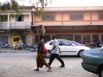 家の前の通り