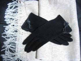 マフラーと手袋3
