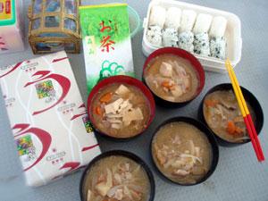 石垣島で豚汁☆