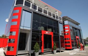 フェラーリのモーターホームafter