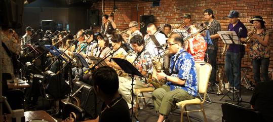 20110716 ハレム夏ライブ ステージ演奏DSC00637 19cm