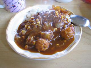 たっぷり野菜と鶏だんごのごった煮風カレー
