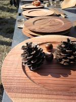 木のお皿。