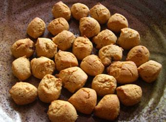 きな粉と黒糖の米粉クッキー
