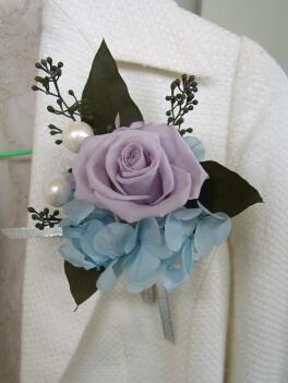コサージュ紫