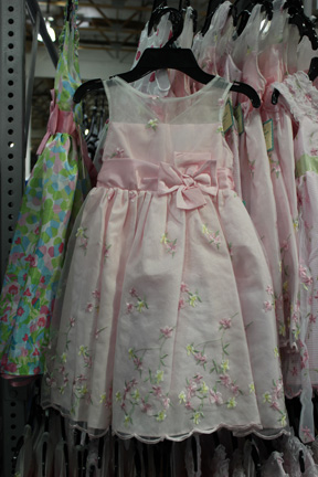 ba5d9bdbaeab6 画像   コストコのキッズドレスがプチプラなのにかわいすぎる - NAVER まとめ