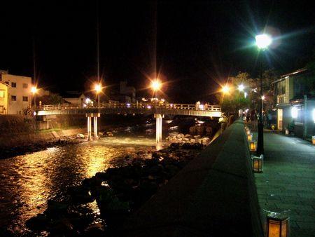 中の橋と主計町茶屋街