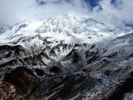 立山の主峰、雄山