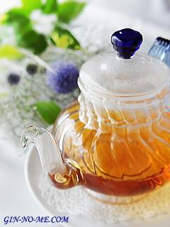 耐熱ガラスのティーポット 銀の芽紅茶店