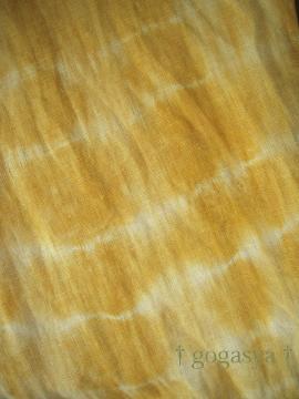 110518玉葱染めのストール(縛り染め)-1