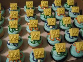 スポンジボブのカップケーキ