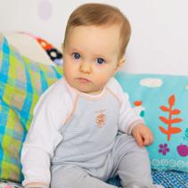 image_target_newborn.jpg