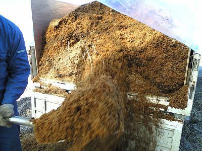 籾がら堆肥入れ