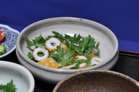 イヨカンの塩麹サラダ