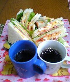 手作り ちひな風 サンドイッチ♪ 今日は卵&鯛ちゃん野菜版♪