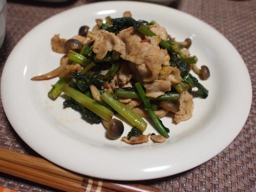 豚肉ととう立ち菜のナンプラー炒め