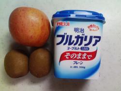 果物・ヨ-グルト