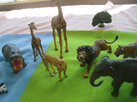 子育て支援センター 動物がいっぱいでちゅ