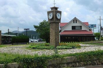 夏の和田駅の風景CIMG1596