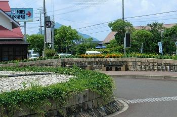 夏の和田駅の風景CIMG1597