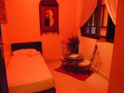 モロッコ・マラケシュ「Hotel El Kennaria」11