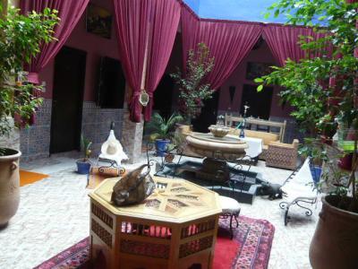 モロッコ・マラケシュ「Hotel El Kennaria」2